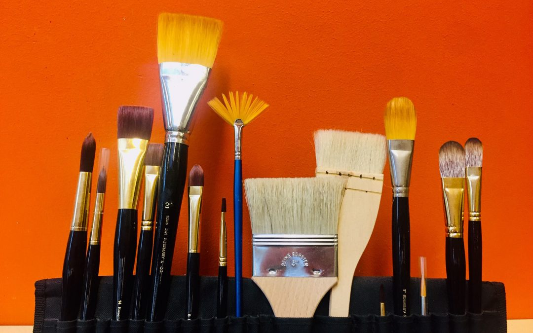 Top tips on choosing your paint brushes
